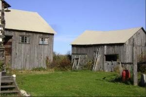 Farm buildings at 453 Dobbie Road in Lanark County, Canada